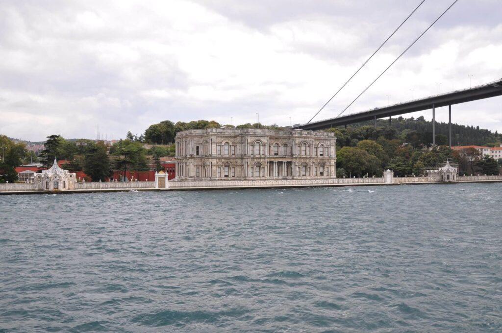 Бейлербейи в Стамбуле