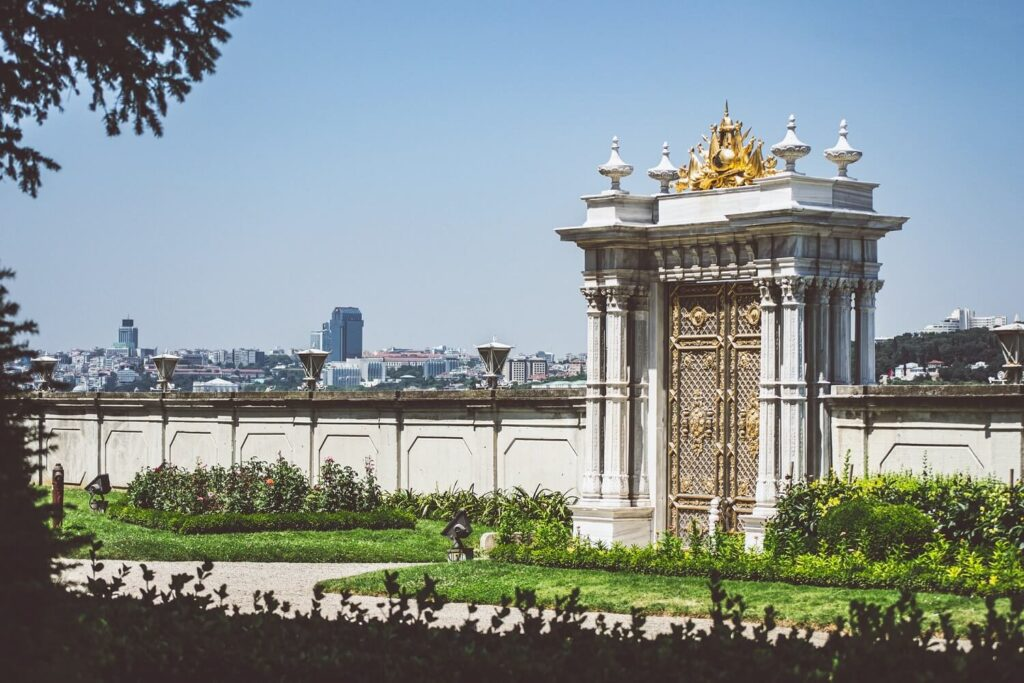 Ворота от пролива Босфор, Бейлербейи в Стамбуле