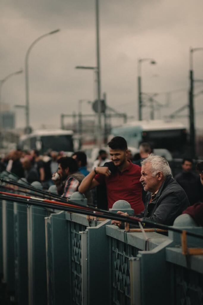 Рыбаки на Галатском мосту