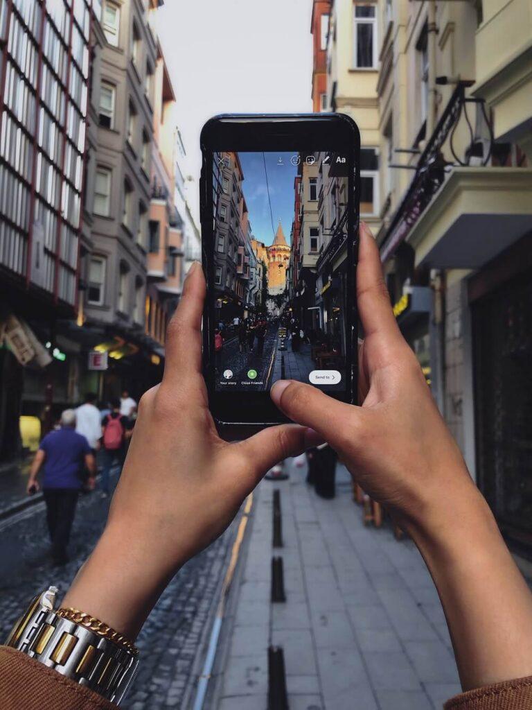 Фото Галатской башни на телефон