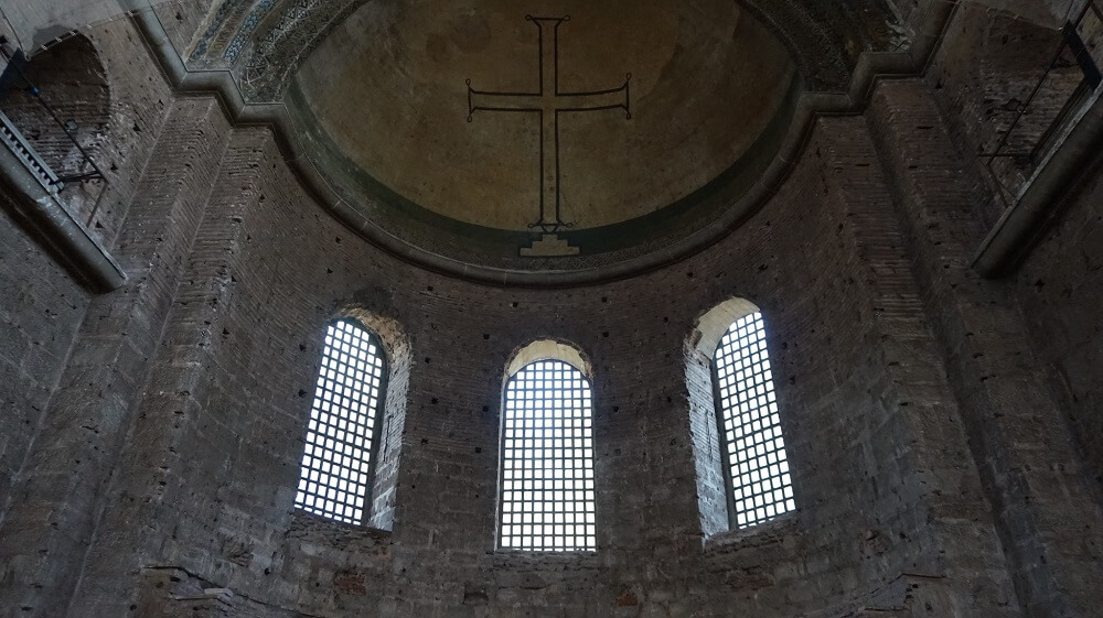 внутри церкви Святой Ирины